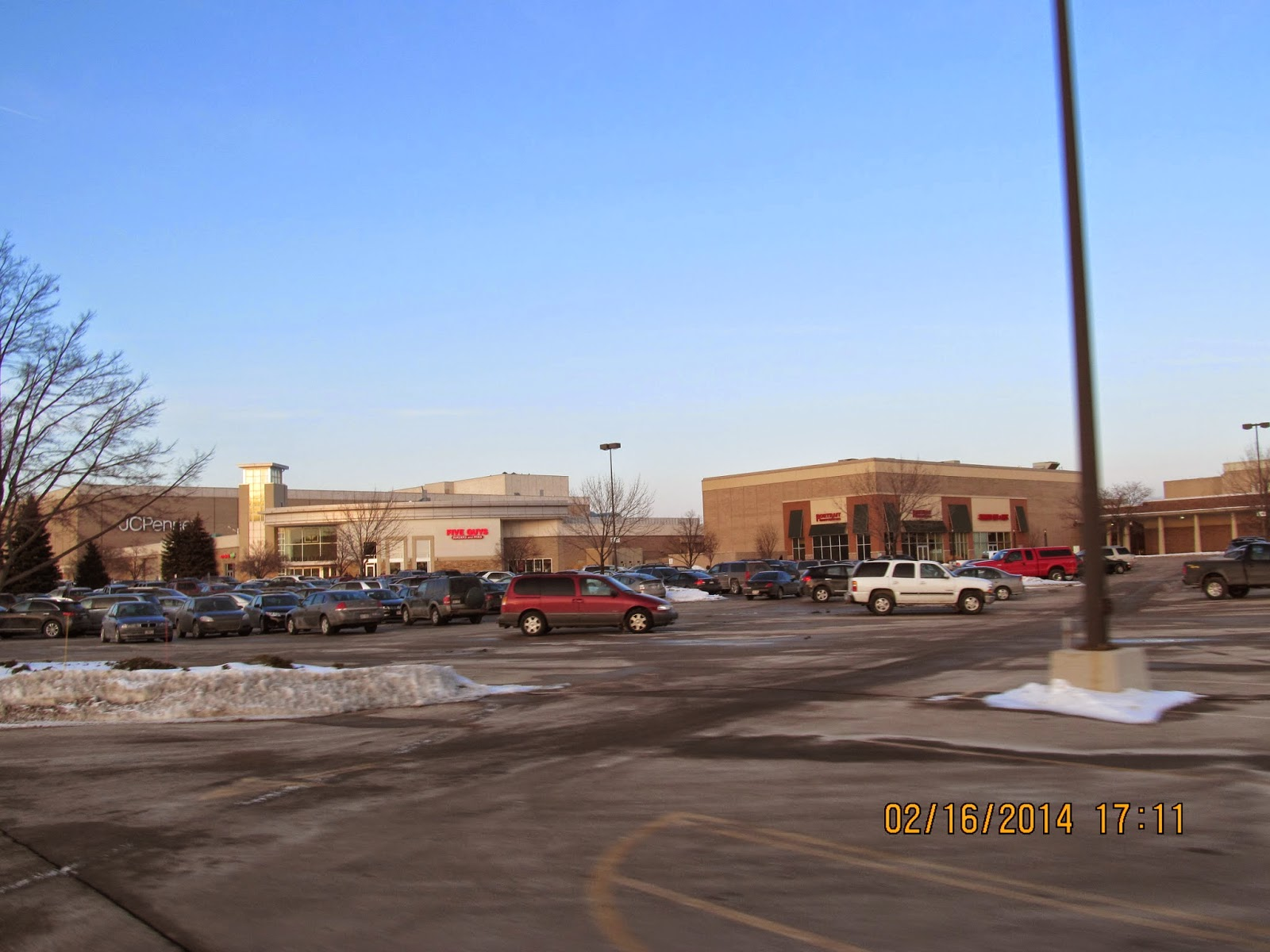 Greentree Mall Shoe Stores