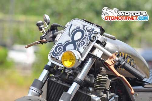 Modifikasi Kawasaki Ninja 250R, Cafe Racer