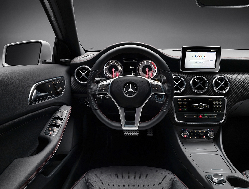 cockpit autom vel conte dos auto apresenta o mercedes benz classe a. Black Bedroom Furniture Sets. Home Design Ideas