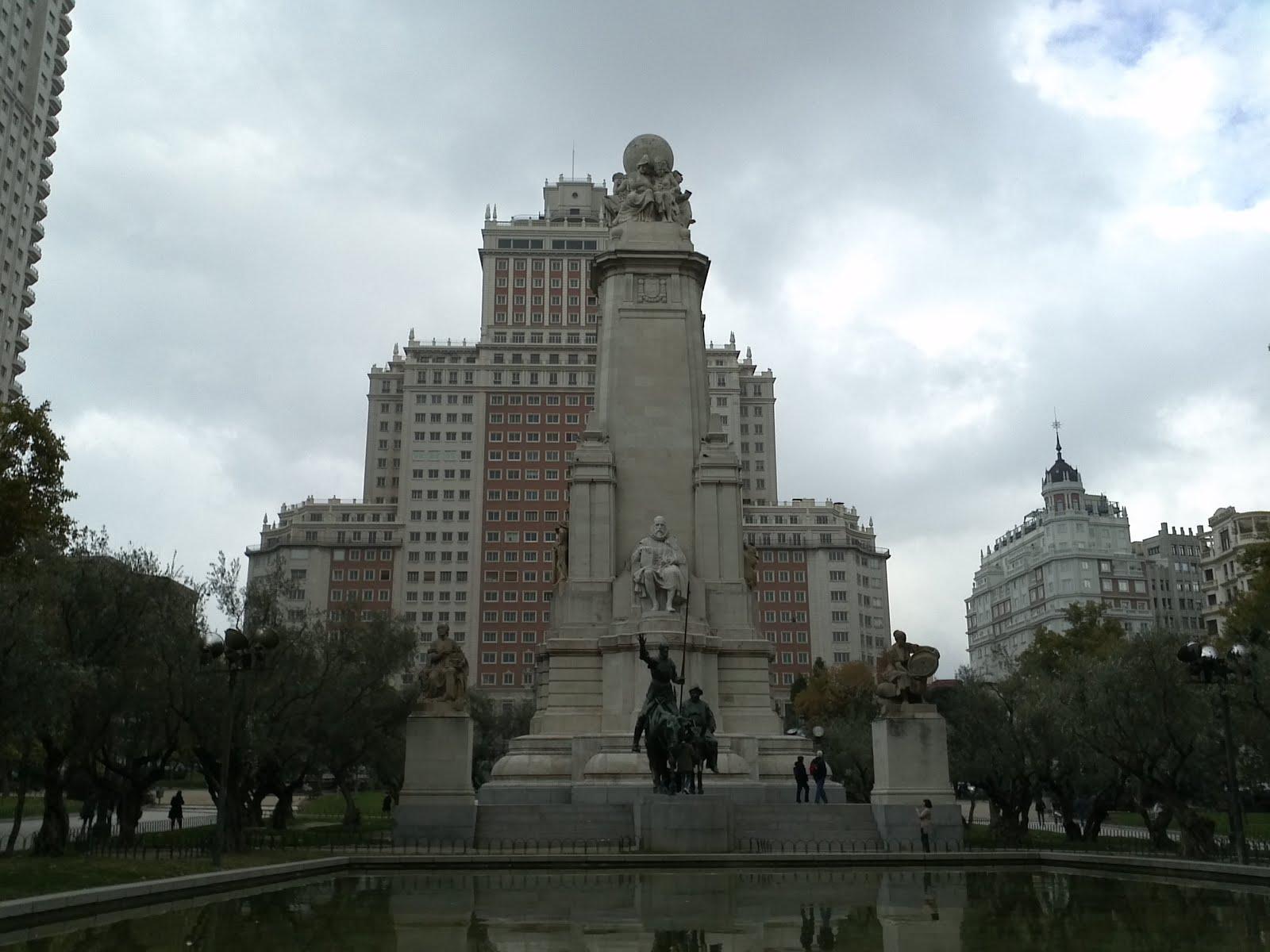 Disfrutando de Plaza España, Madrid
