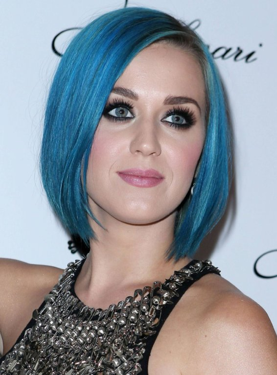 Lover Of Splendid Newly Single Katy Perry Rocks Blue Hair