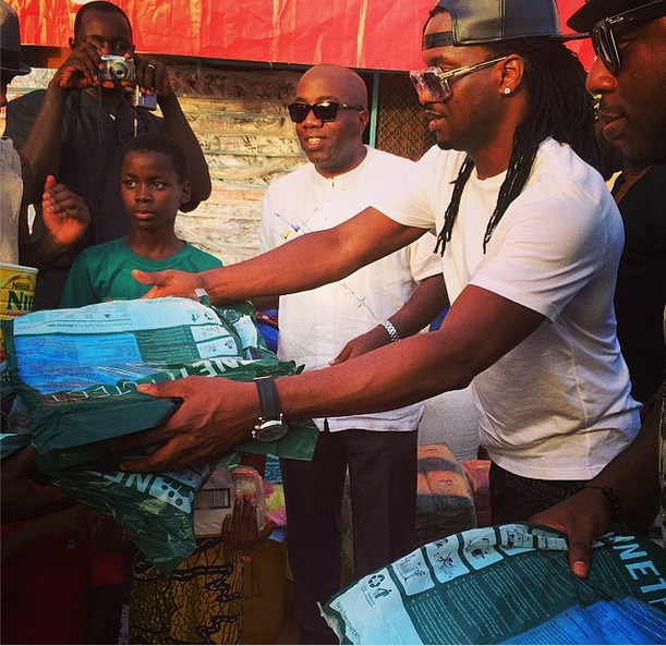 P-Square gives back to society in Niger Republic(Photos)2