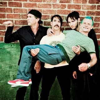 Red Hot Chili Peppers – Strange Man Lyrics | Letras | Lirik | Tekst | Text | Testo | Paroles - Source: musicjuzz.blogspot.com