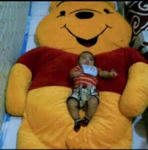 gambar kasur anak berkarakter winna the pooh