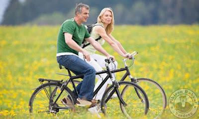 bersepeda bersama