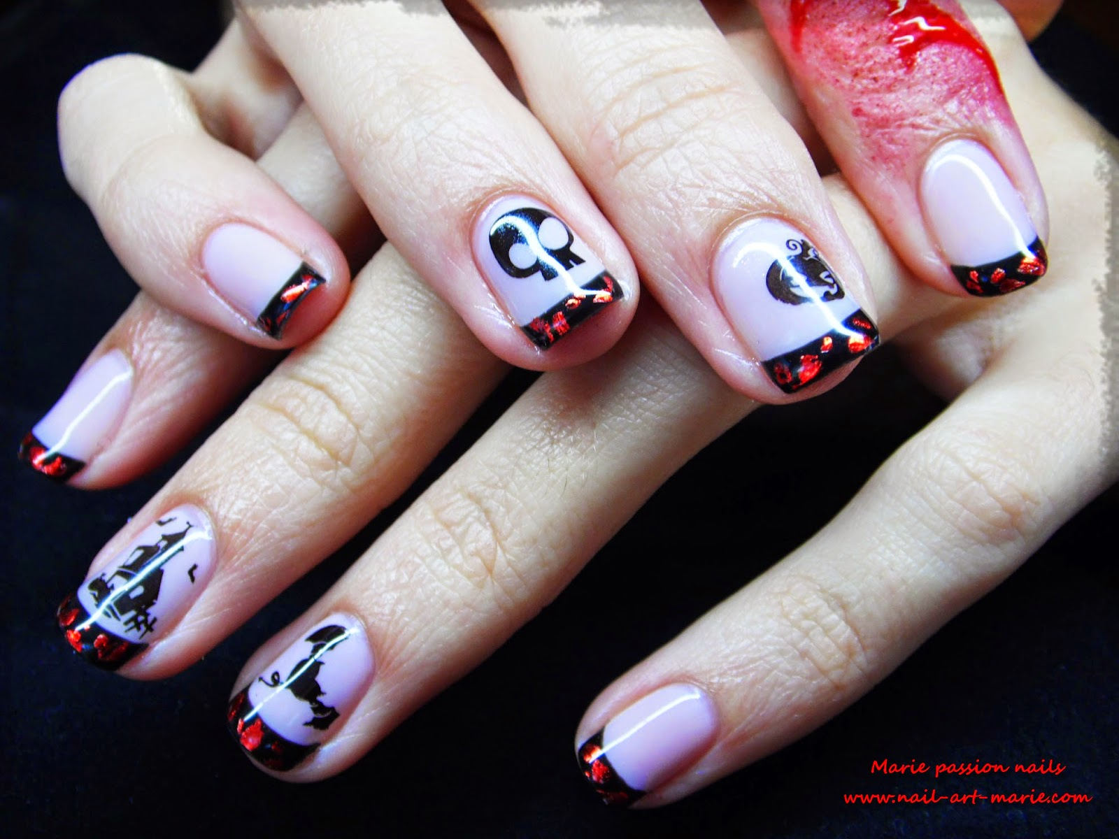 Nail Art d' Halloween en semi-permanent7