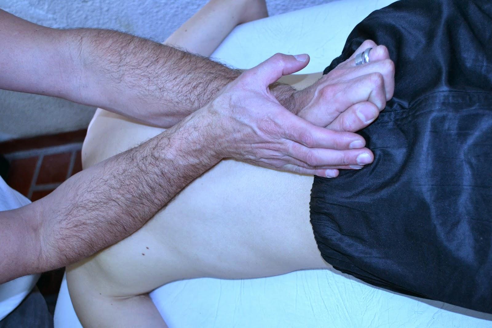 El dolor en la columna vertebral cerca del cuello