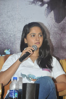 Anushka Latest Stills at Irandam Ulagam Movie Press Meet Event