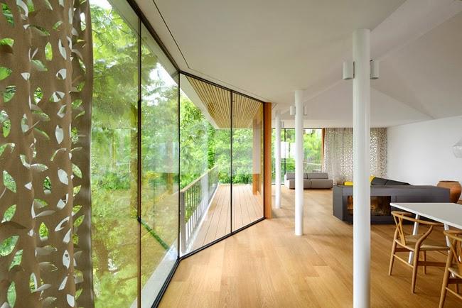 Casas minimalistas y modernas casa vanguardista en el bosque for Casa minimalista bosque