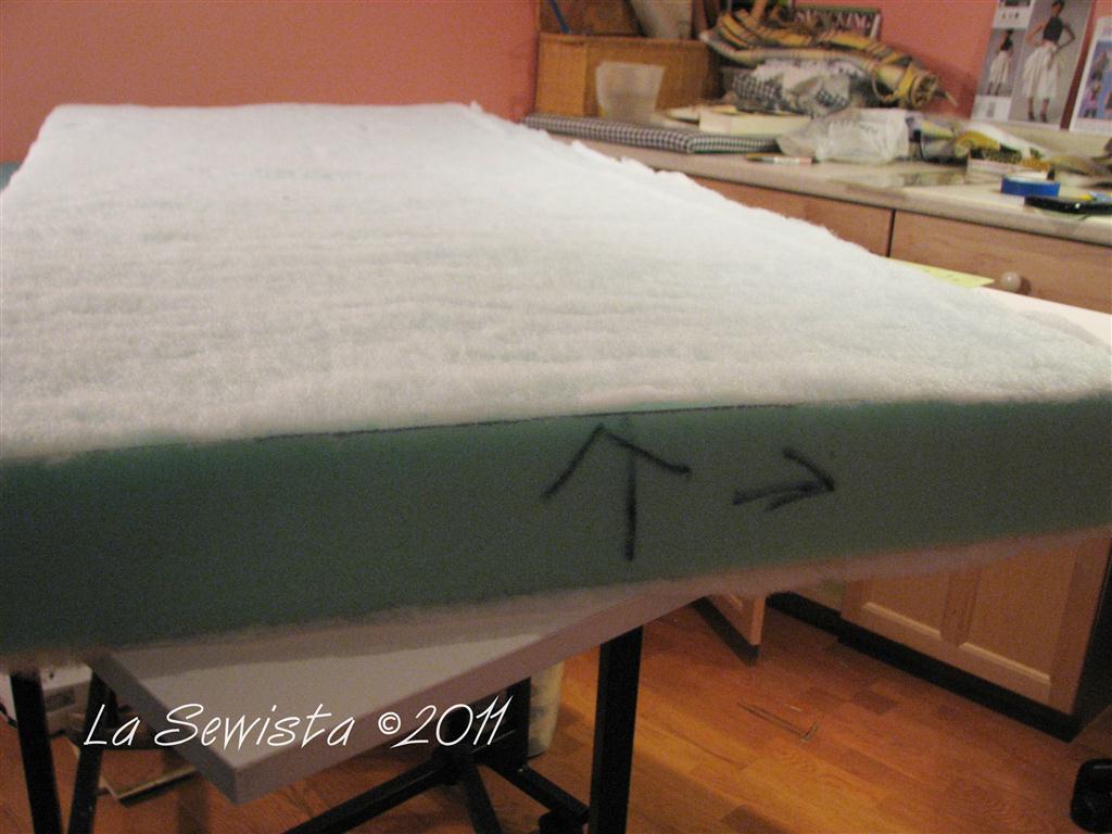 http://4.bp.blogspot.com/-BZB8LMVZD3g/TnXuXw7LaLI/AAAAAAAADG0/DsEmXcqpOG4/s1600/cushions+091811+001+%2528Medium%2529.JPG