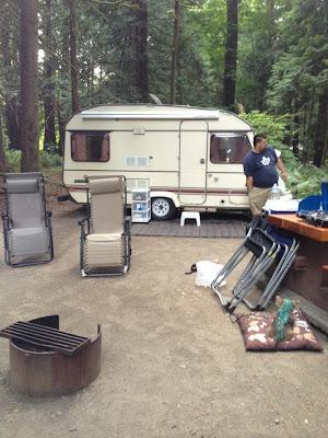 Trailer Glamping Camping