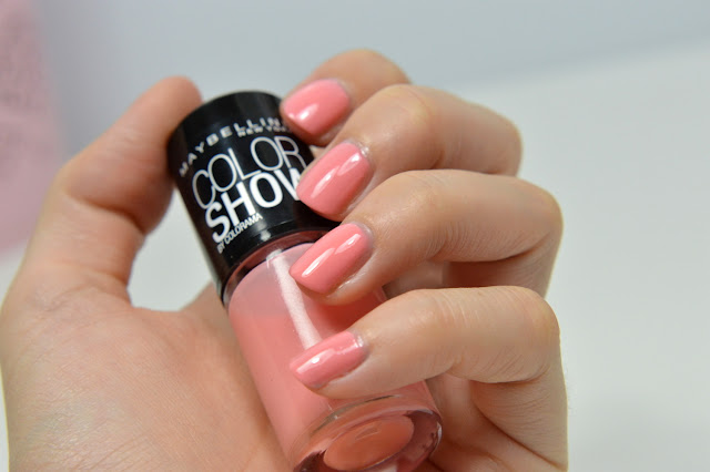 http://blushesandmore.blogspot.co.at/2014/07/notd-maybelline-colorshow-93-peach.html