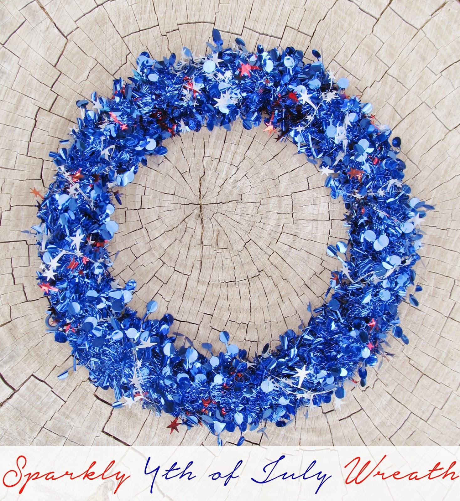 2-Minute 4th of July Wreath. DIY Tutorial from It's Always Ruetten