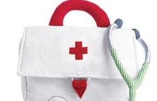 البصل والملح والشاي الأخضر.. إسعافات أولية مهمة في المنزل - شنطة حقيبة الاسعافات الاولية - الهلال الاحمر