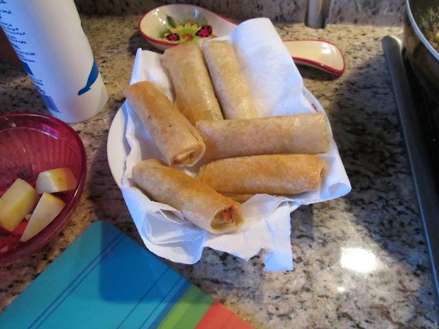 une recette tunisienne, doigt de fatma, fingers, viande, farce, feuille de brick, souabaa, souaba3, brick,