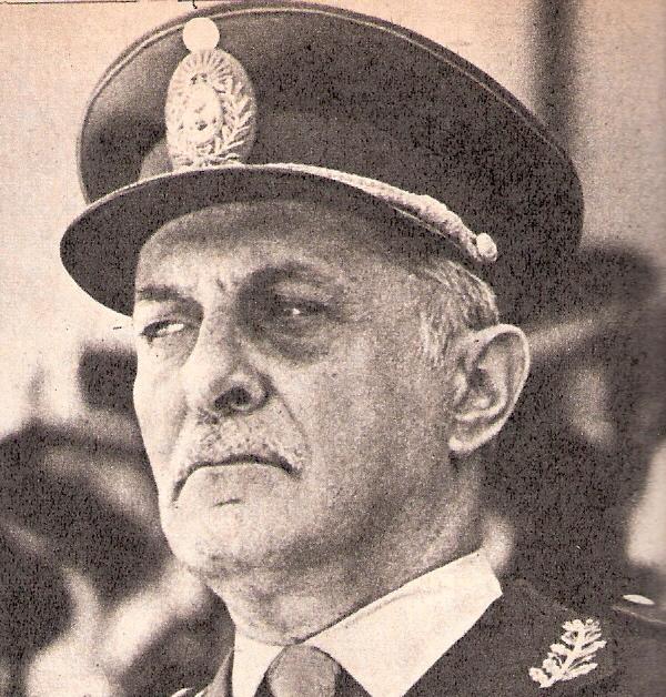 Roberto Viola Colón