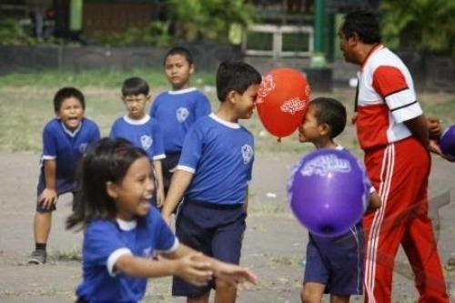 Aktivitas guru di luar kelas itu bisa dihitung sebagai beban mengajar.