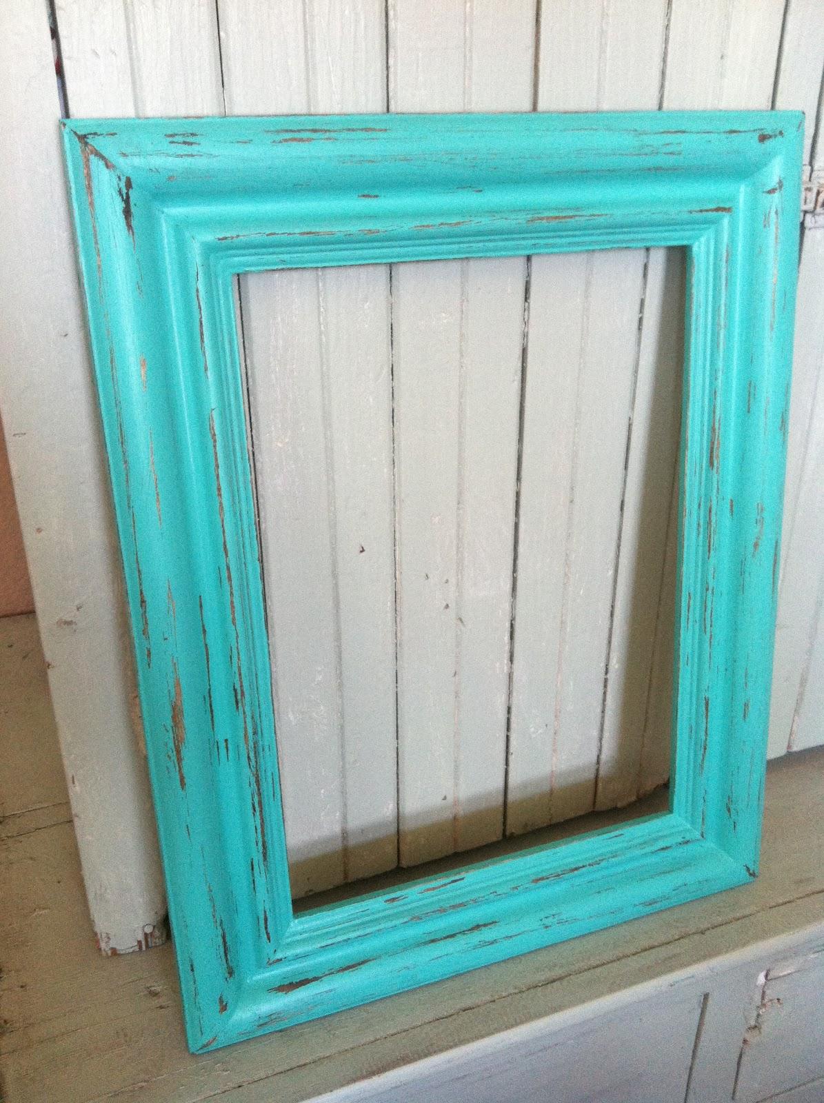 aqua distressed monogram frame vaseline method - Distressed Picture Frames