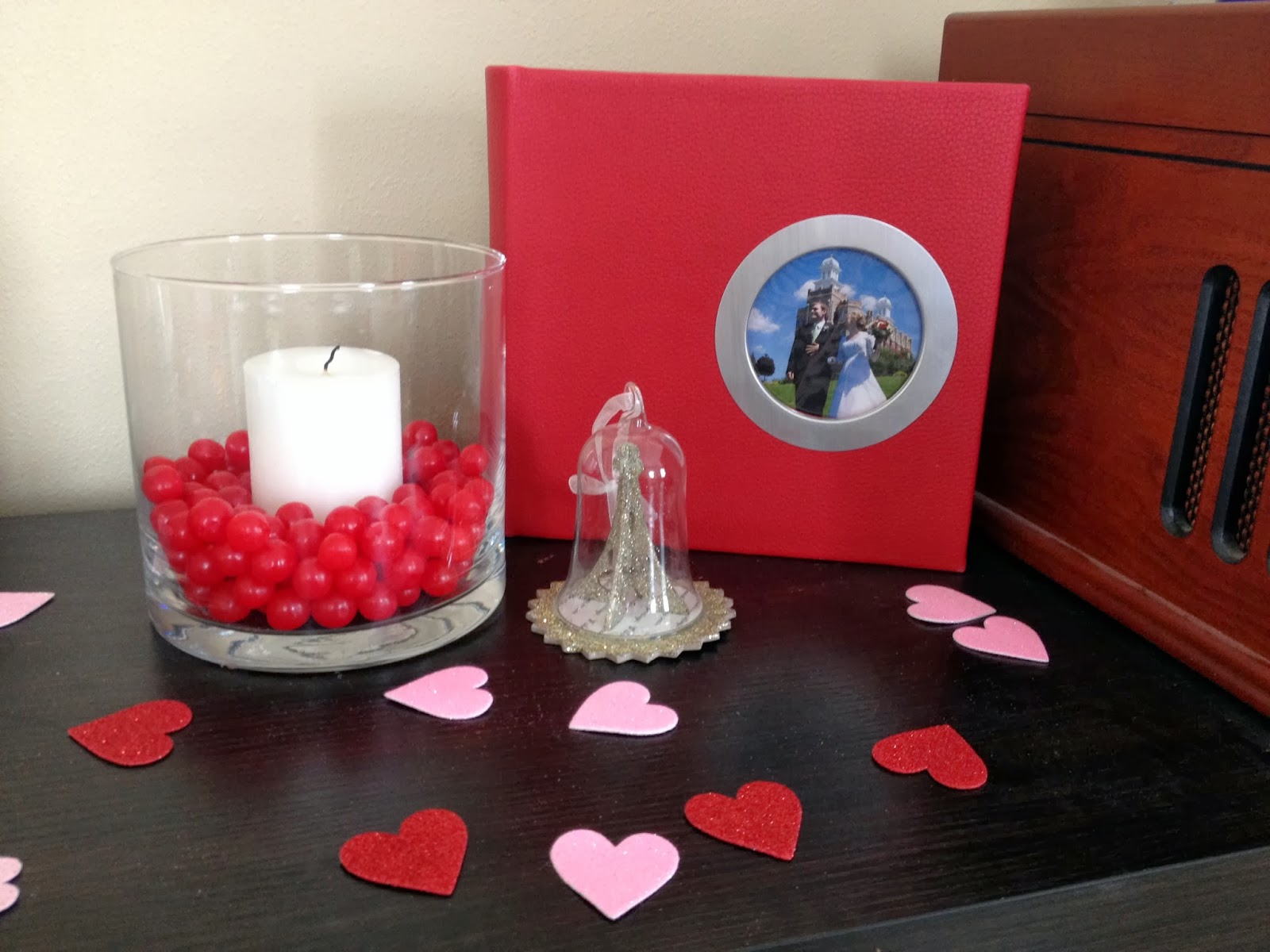 Voice of Reason: Valentine's Day Decorations