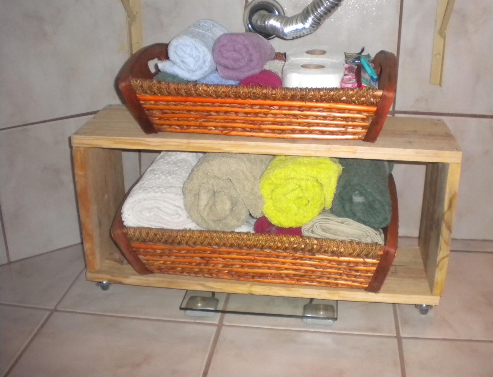 Imagens de #B54916 CASA & DECORAÇÃO: FAÇA VOCÊ MESMO UM NINCHO PARA BANHEIRO 1600x1222 px 2954 Box Banheiro Faça Voce Mesmo