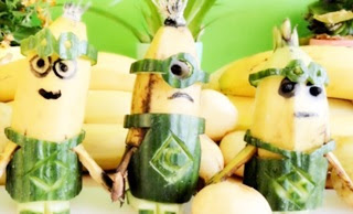 Art in Banana Show – Minions Banana – Art of Vegetable and Fruit Carving Garnish