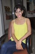 Rakul Preet Singh latest photos-thumbnail-15