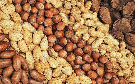 Eating Nuts can Lower Cholesterol