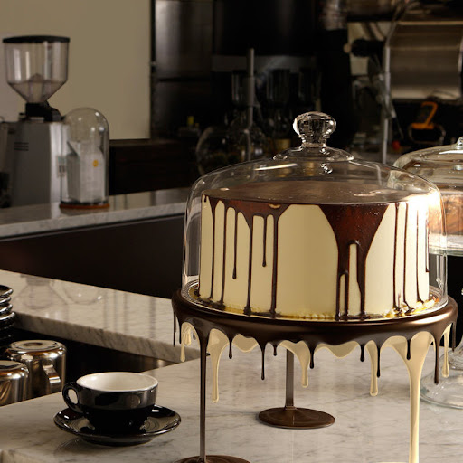 Dripping Cake Stand