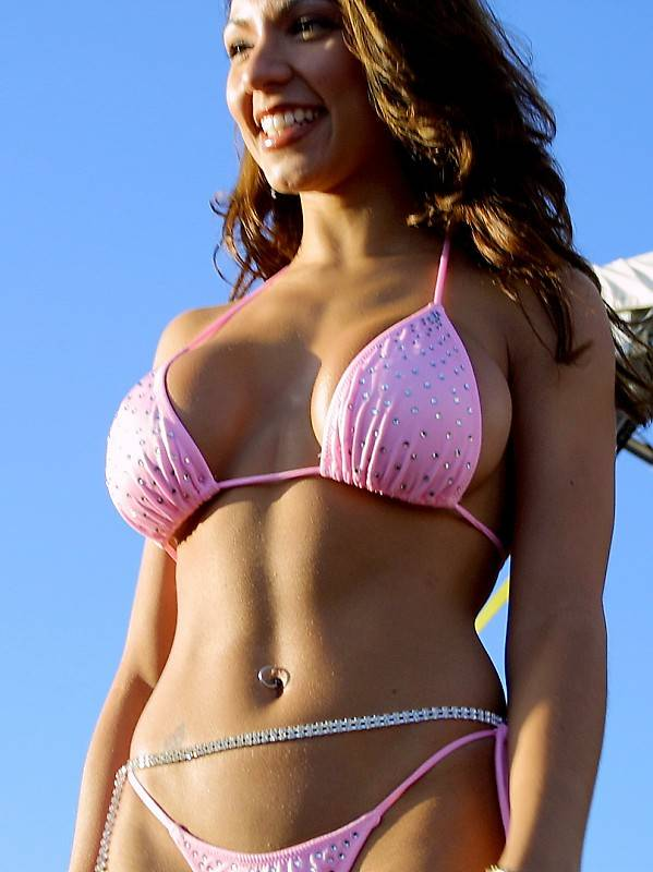 nopi 2009 bikini contests