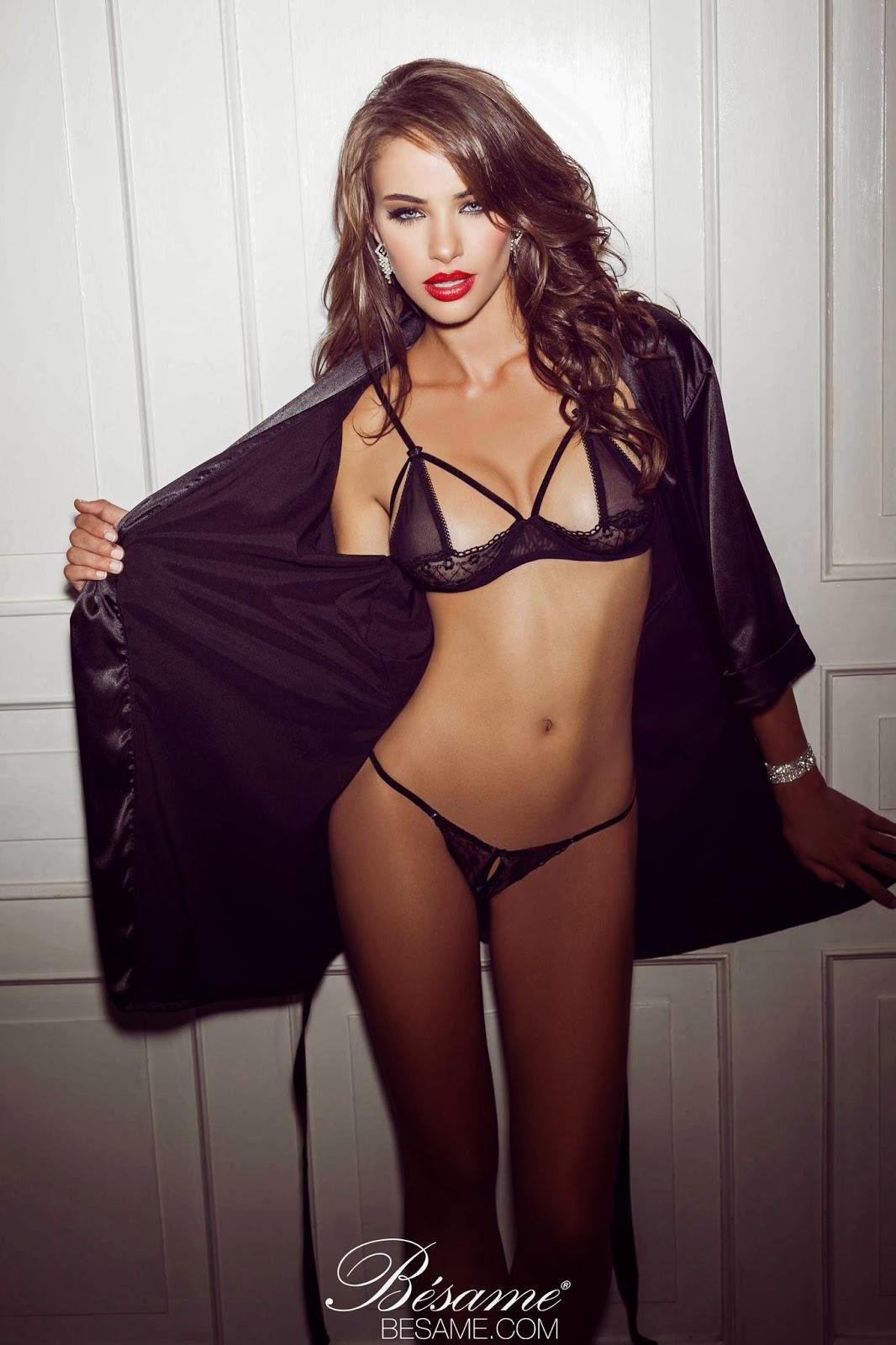 Nicole Meyer  nackt