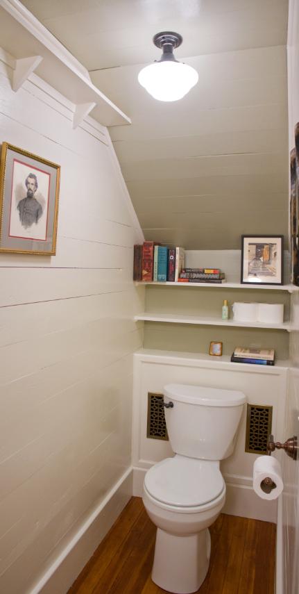 Laurel mercantile co erin ben napier hgtv home town for Bathroom under stairs