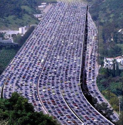 http://4.bp.blogspot.com/-Bapbvc4X-UU/TlLlTE7jJMI/AAAAAAAAgpY/X5DR5gnSlB8/s400/Jumlah+kenderaan+di+dunia+sekarang+sudah+lebih+1+billion.jpg