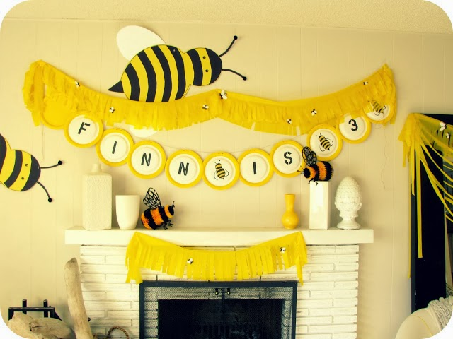 My house of giggles the ever changing living room mantel for Bee decorations for the home