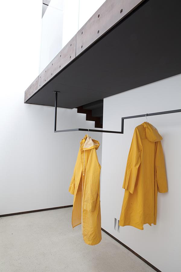 moored under the sun. Black Bedroom Furniture Sets. Home Design Ideas