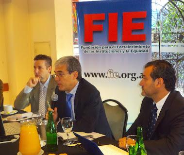 Desayuno de trabajo: Walter Agosto en Fundación FIE