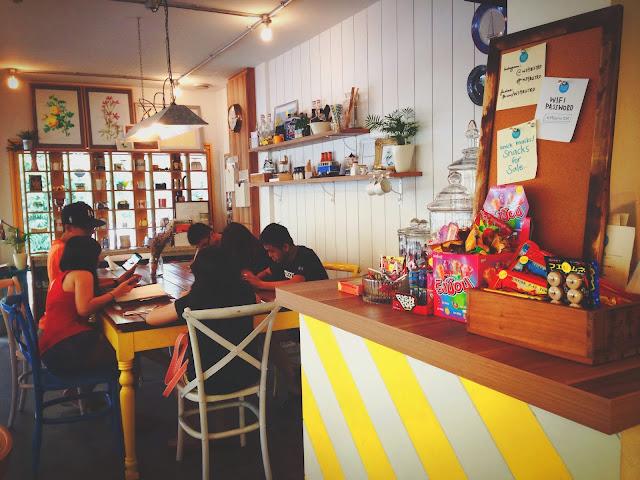 W39 Bistro & Bakery Interior