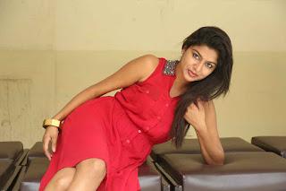 Akshitha Pictures at Mounam Launch (20).JPG