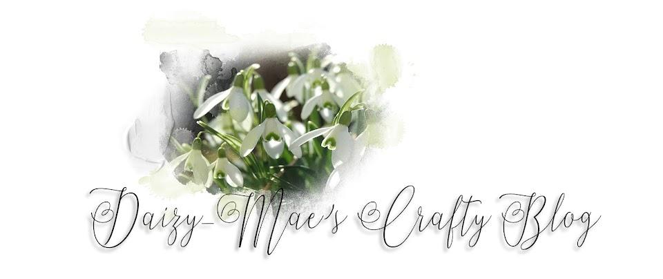 Daizy-Mae's Crafty blog