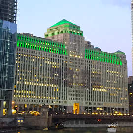 The Merchandise Mart 2019 lit for St. Patrick's Day.