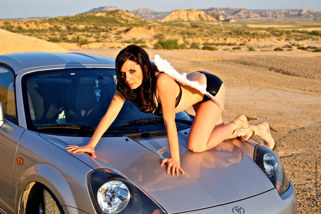 Toyota MR2, MK3, roadster, japoński sportowy samochód, wygląd, zdjęcia, dziewczyna, laska, panna, na masce, スポーツカー