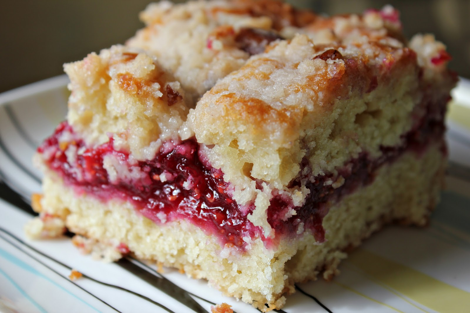 LADDitude: Raspberry Streusel Coffee Cake