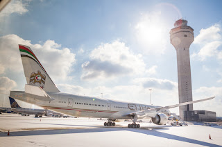 Etihad's passenger revenues were US$900 million in the first quarter