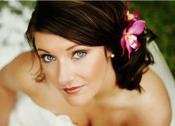 wedding hairstyle flower http