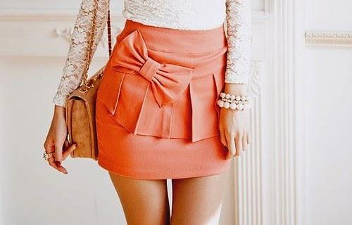 Мини-юбки отлично подойдут девушкам и женщинам со стройными непроблемными ногами.