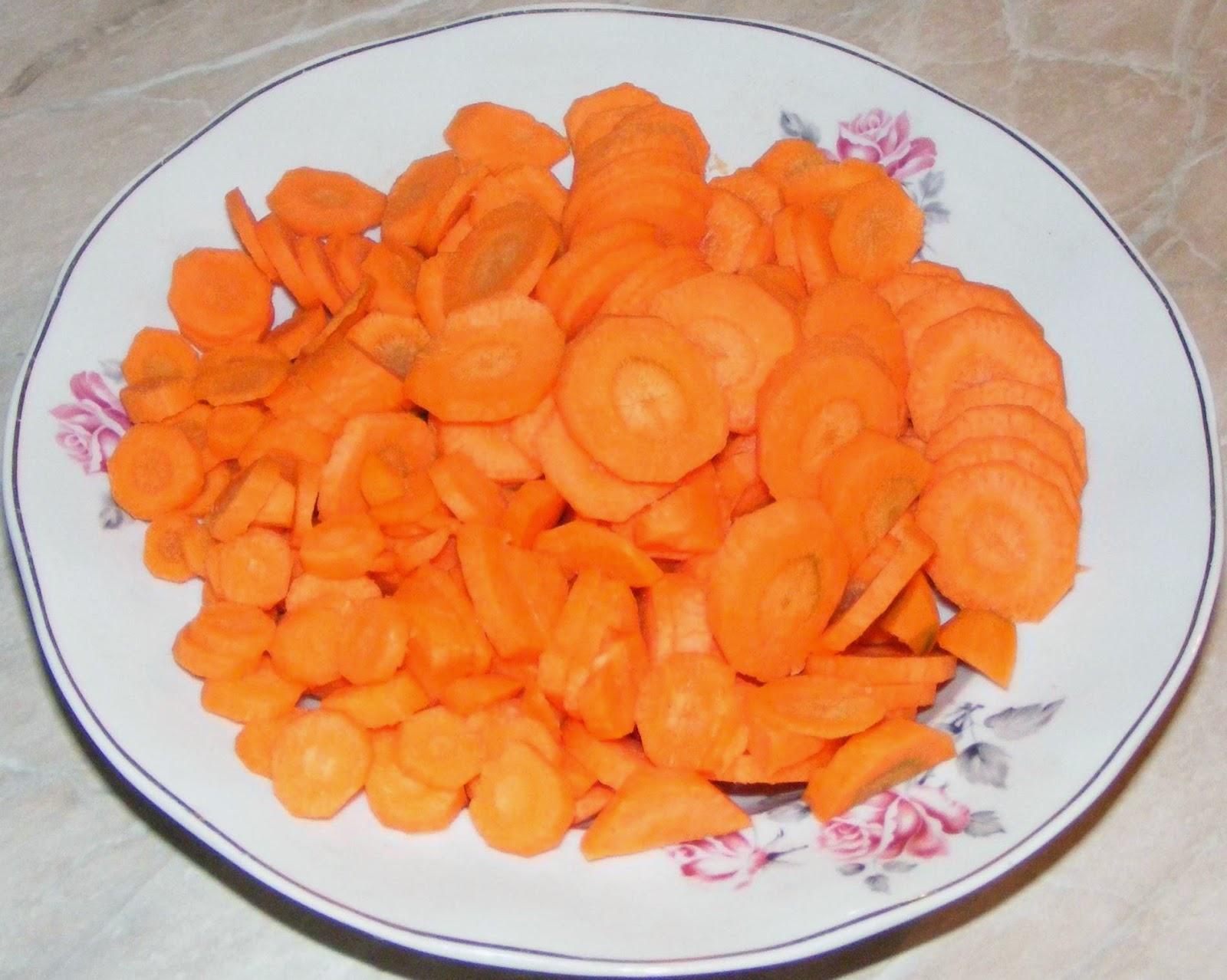 legume, morcovi, morcov, retete cu morcovi, preparate din morcovi, morcovi de gradina, morcovi de tara, morcovi de curte, morcovi romanesti, diete cu morcovi, cure cu morcovi, retete si preparate culinare din morcovi proaspeti de gradina romanesti,