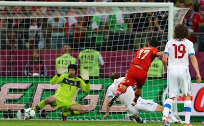 Gol-Alan-Dzagoev-Rusia-vs-Ceko-Euro-2012