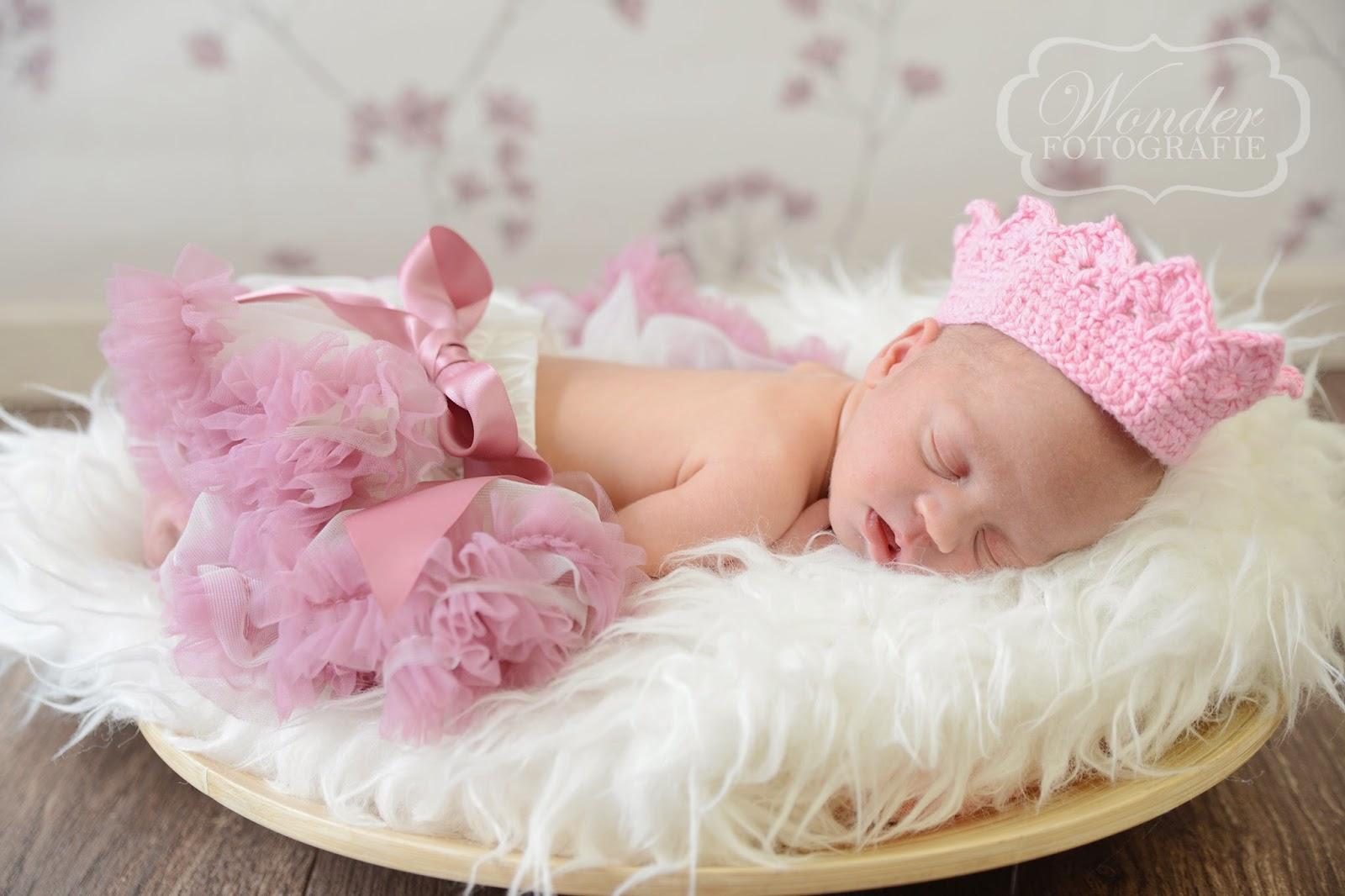 www.wonder-fotografie.nl Newborn Fotografie Almere