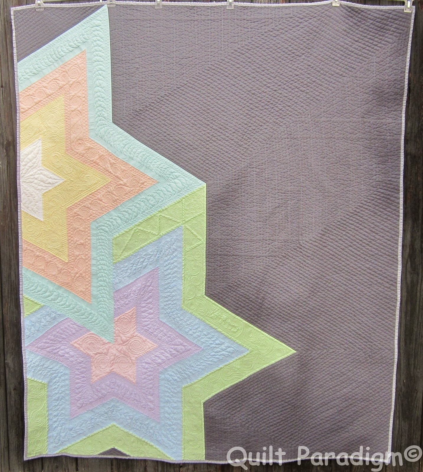 http://quiltparadigm.blogspot.com/2014/12/pastel-nightmare-over.html