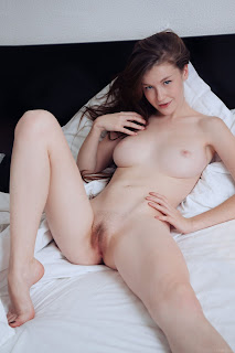 www.celebtiger.com+Eternal Bed pleasures Emily Bloom high 0023 Sweet Teen Emilly Bloom Nude On Her Bed HQ Photo Gallery