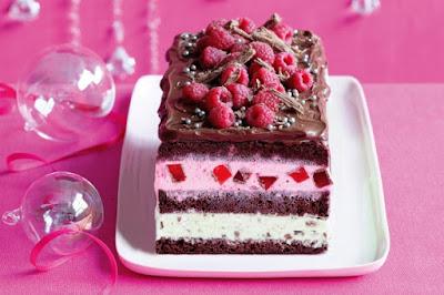 Christmas celebration chocolate ice-cream cake Recipe